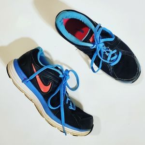 3/25 Nike Black & Blue/Pink Dual Fusion Sneakers